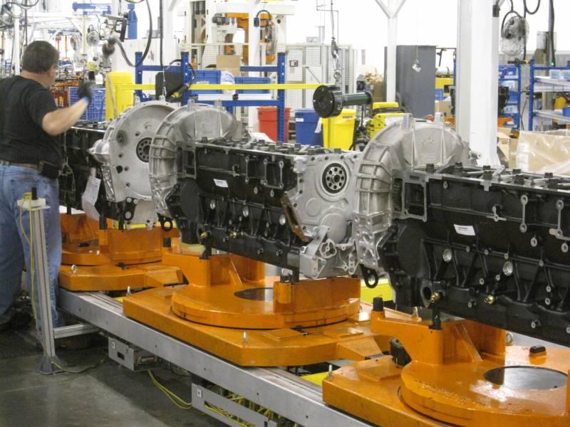 MaxxForce® Engine Plant Tour - Part 2 - RV LIFE