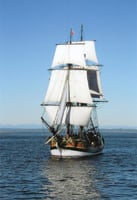 Lady Washington replicates a 1750s ship.