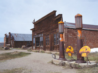 A descendant of Daniel Boone opened the Boone General Store in 1879.