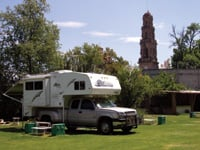 Travelers can find well-kept campgrounds in Mexico.