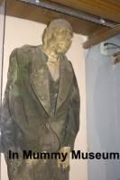 b2ap3_thumbnail_ARLINEMummyMuseumclothed-corpse.jpg