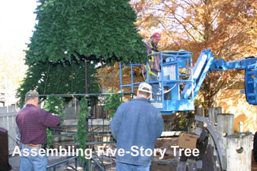 ARLINESDC-Workers-putting-together-large-tree-along-SDC-wal1.jpg