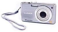 Compact Camera.
