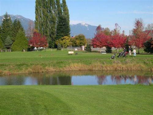 Royalwood-Golf--RV-Resort.jpg
