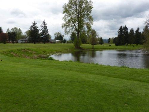 Riverside-Golf-Club.jpg