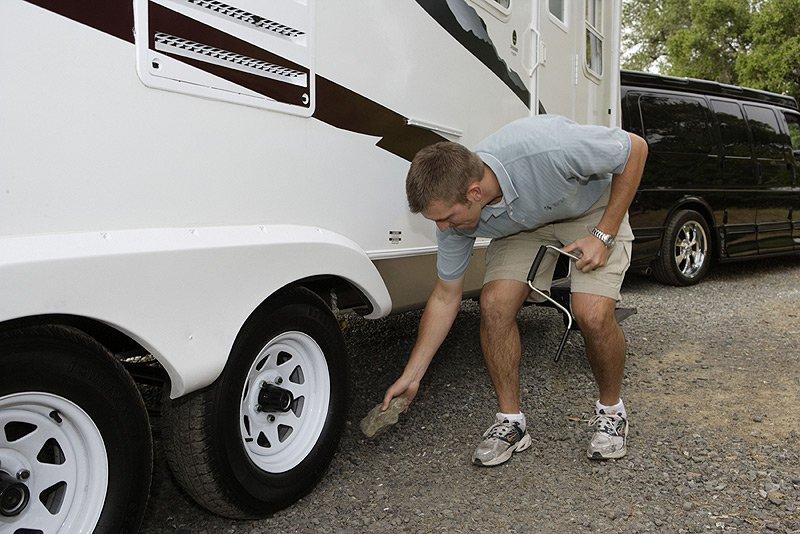 Travel trailer wheel inspection