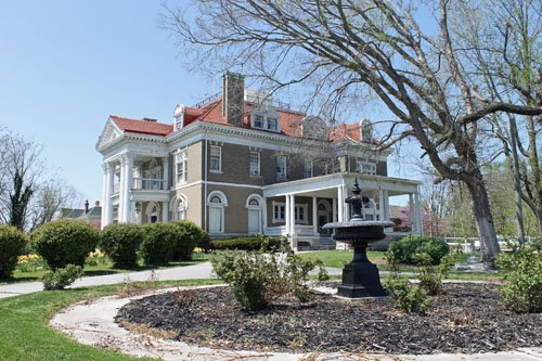 Rockcliffe Mansion in Hannibal, Missouri