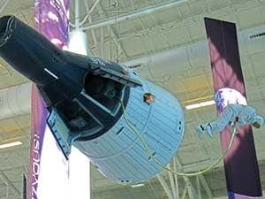 Evergreen_Gemini-space-capsule