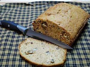 Great-Plates_banana-nut-bread-sliced