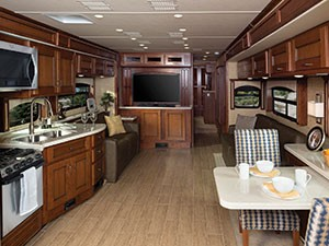 Holiday-Rambler-Endeavor_interior