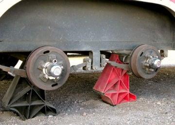 trailer legs pic