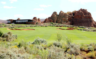 The Sand Hollow Golf Course experience includes 18 holes of championship golf as well as a walkable nine-hole links-style course.