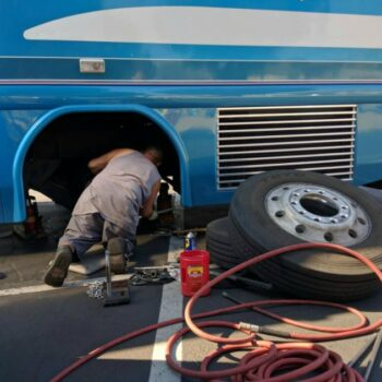 RV parks' ban on vehicle maintenance