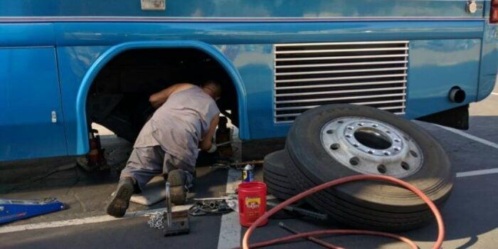RV parks' ban on vehicle maintenance