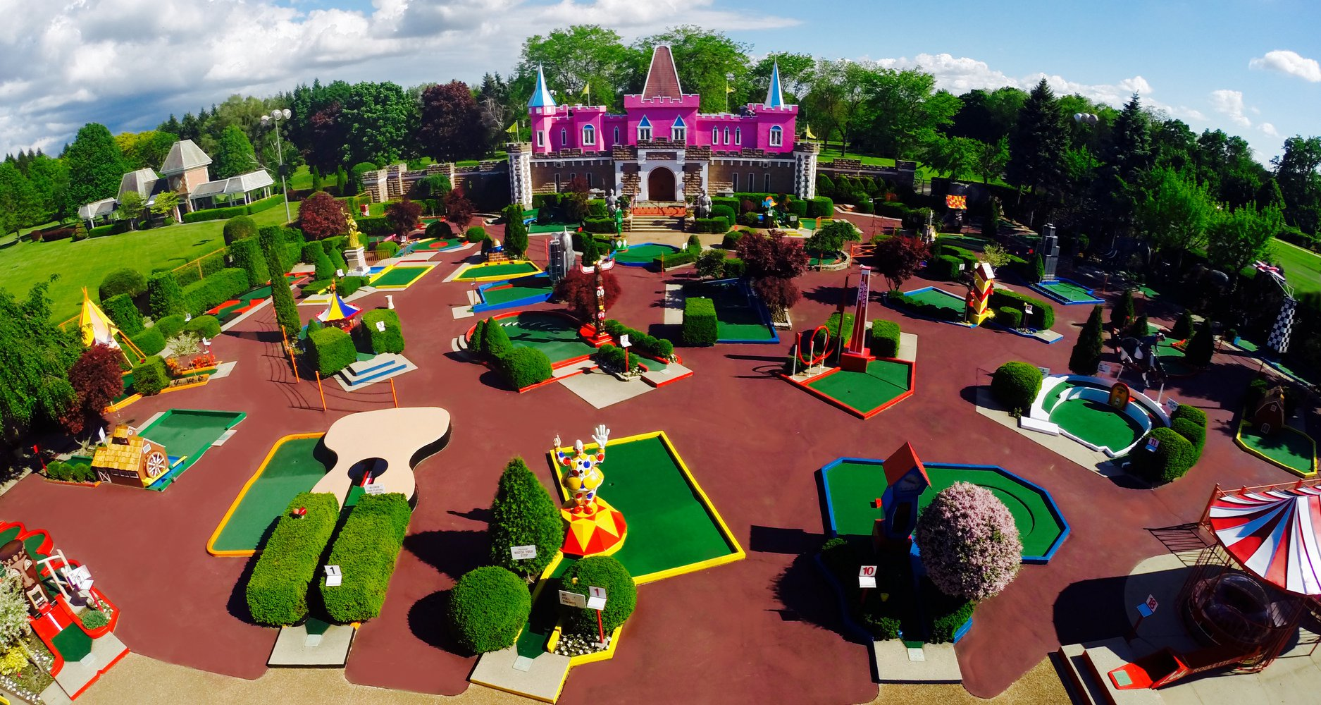 Mini-Golf Courses In The US: Camping Near Putt Putt Courses