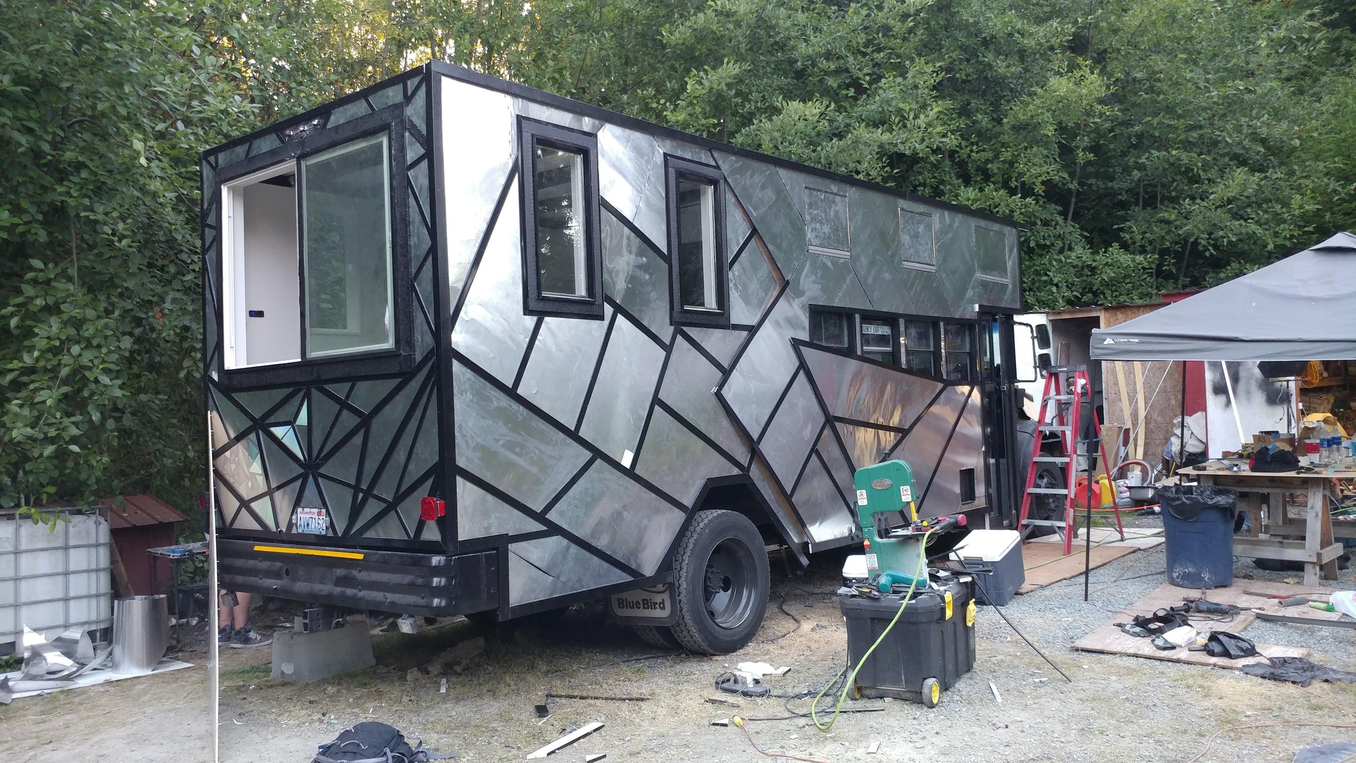 Rynobus RV construction