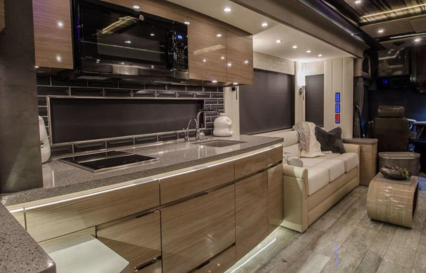 Luxury motor coach