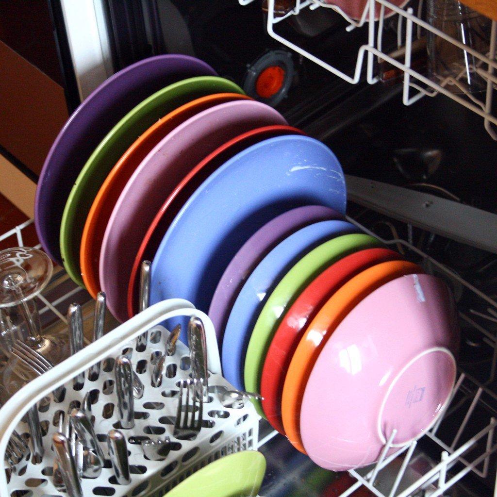 RV dishwashers