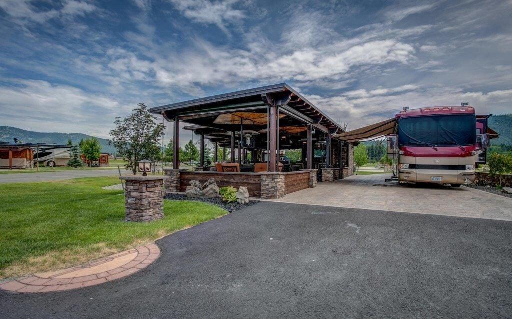 StoneRidge Motor Coach Village - a top luxury rv resort