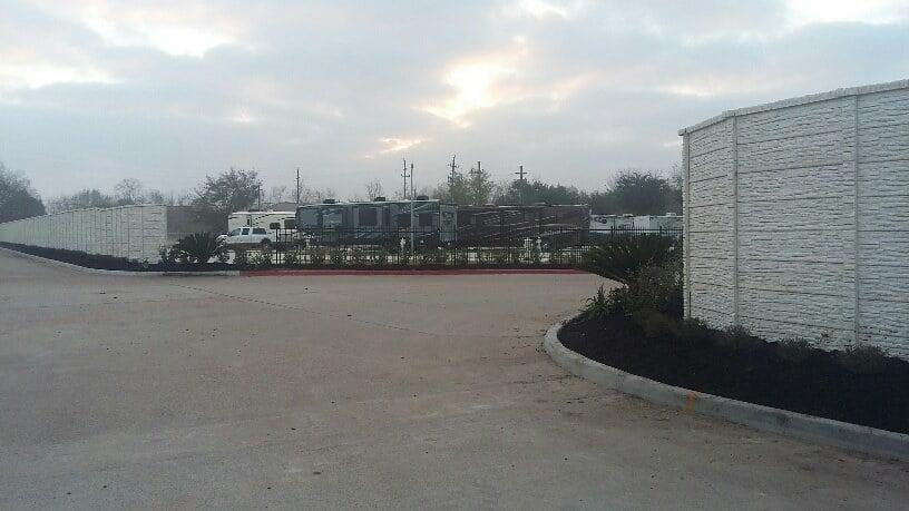 Advanced RV Resort