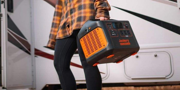 Jackery Solar Generator 1500