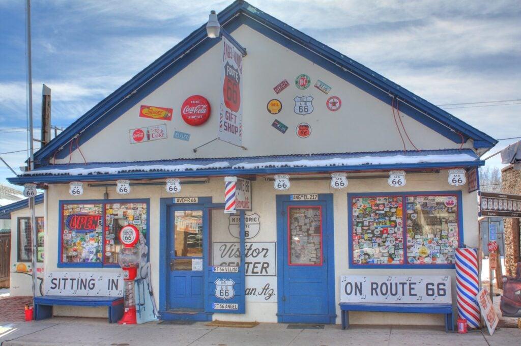 gift shop in Arizona - Route 66 landmarks