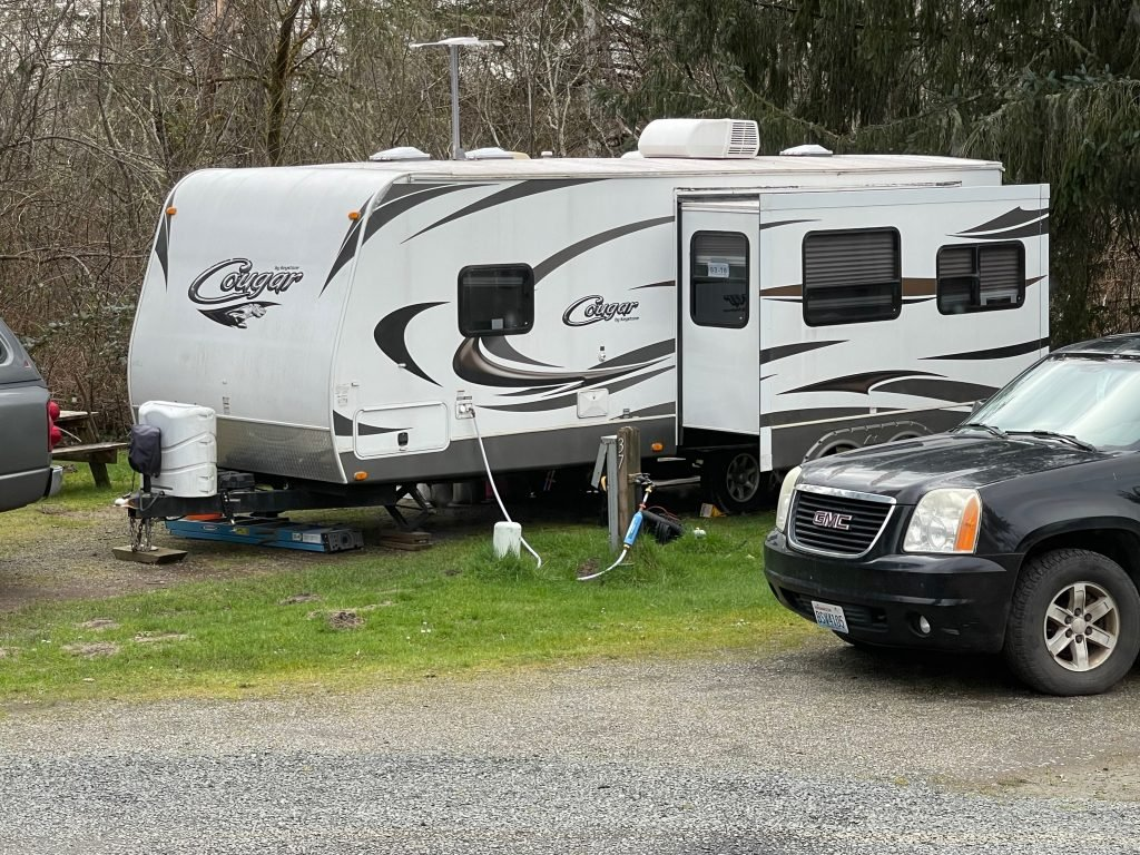 trailer hooked up to campsite - Can I refinance my motorhome?