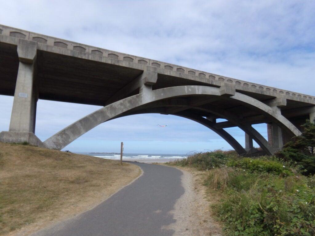 bridge at beverly beach
