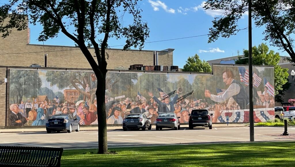 a mural near Washington Park depicting the Lincoln Douglas debate