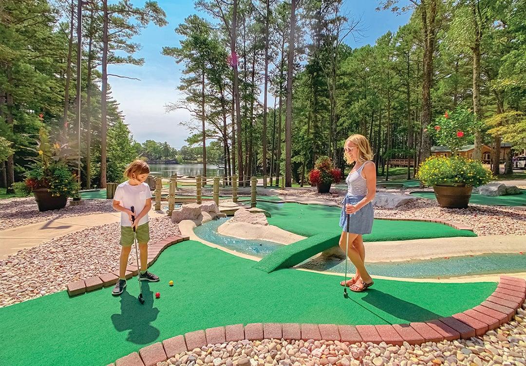 Mini golf course at Lake Rudolph