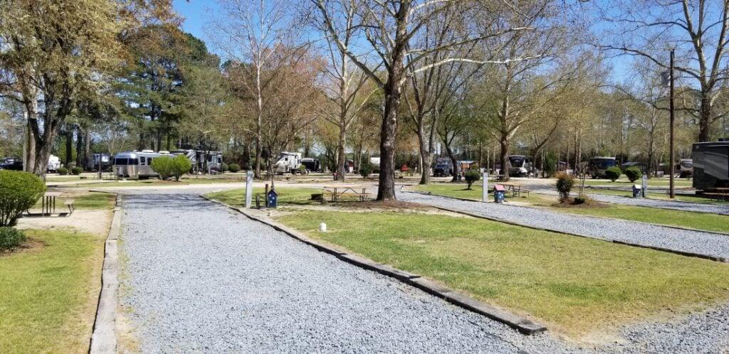 RV parks in North Carolina - Fayetteville RV Resort
