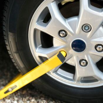 wheel lock preventing RV theft