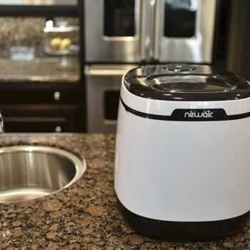 portable ice makers on counter