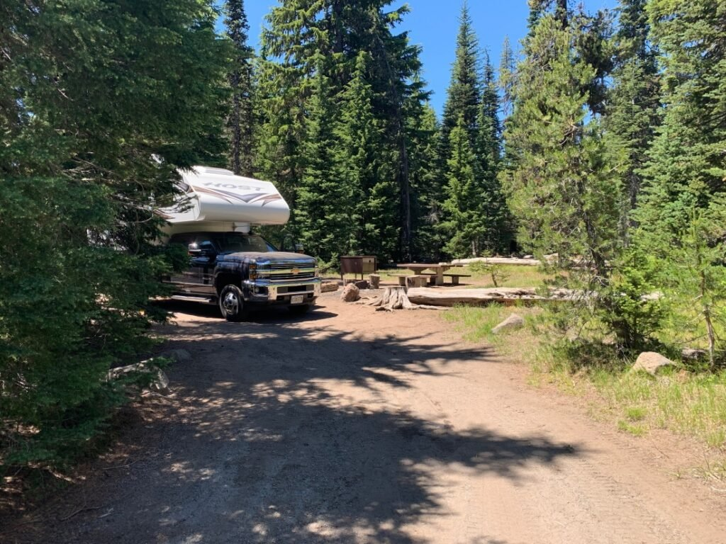 RVs at Mazama Village - national park campgrounds for big rigs
