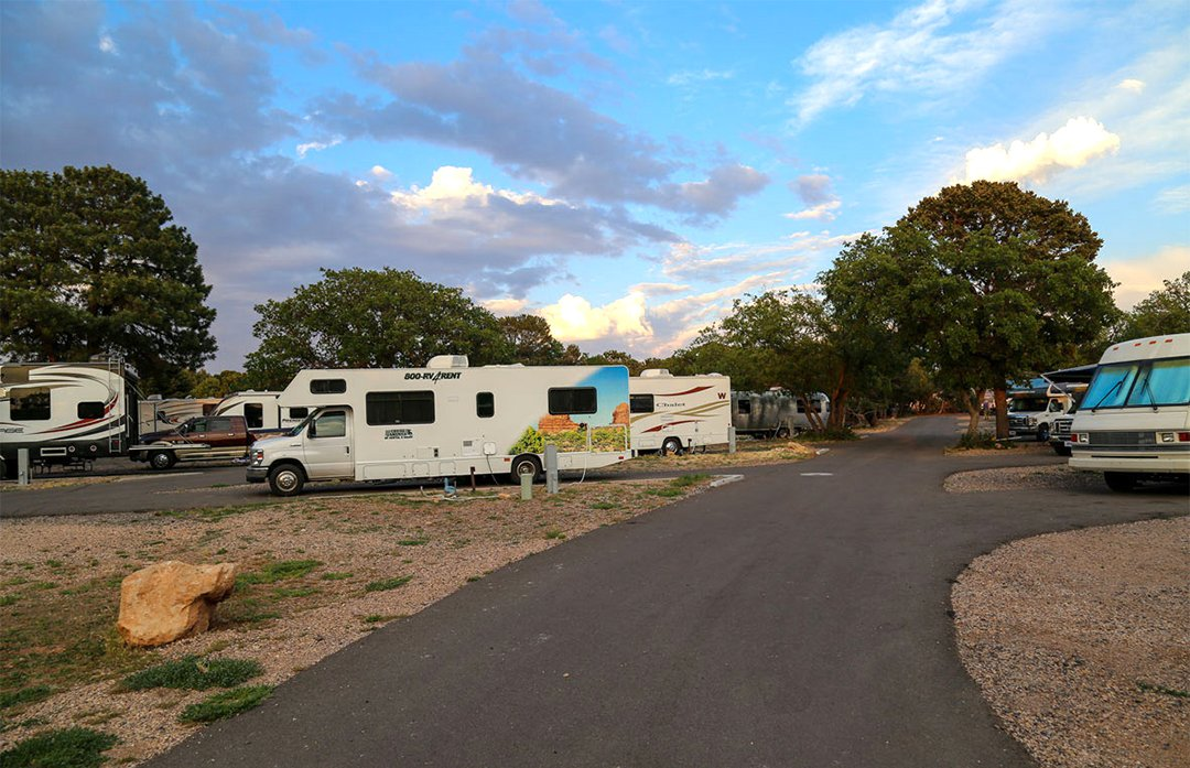 Large RVs in a campground in the Grand Canyon