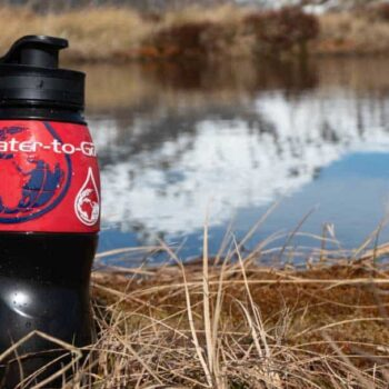 water to go water filtration bottle