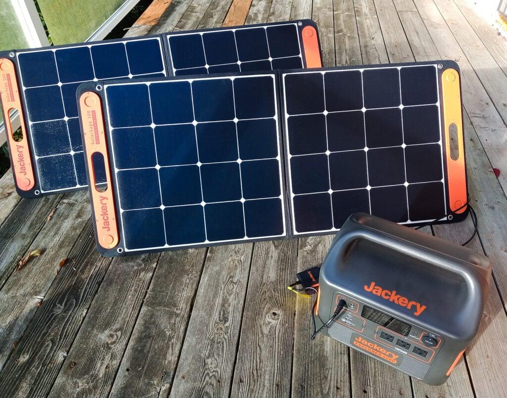 Jackery solar generator and panels