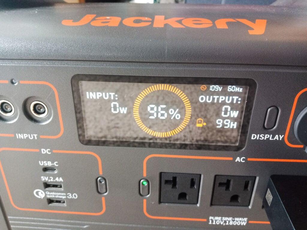 display screen on Jackery